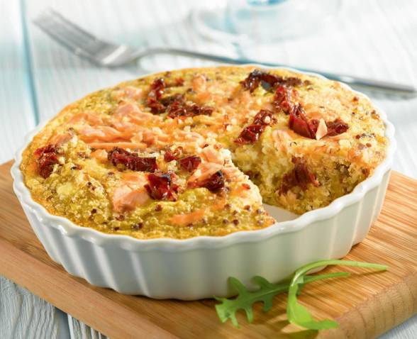 Quinoa quiche with salmon